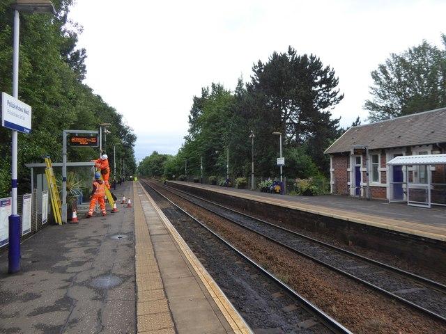 Workmen on Pollokshaws West railway station