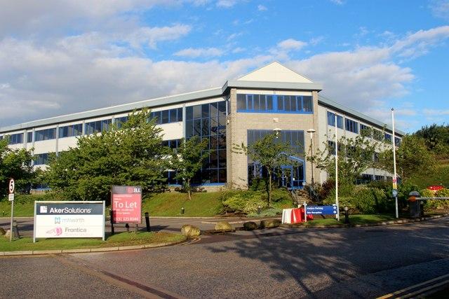 Mothballed offices in Kirkhill Ind Estate