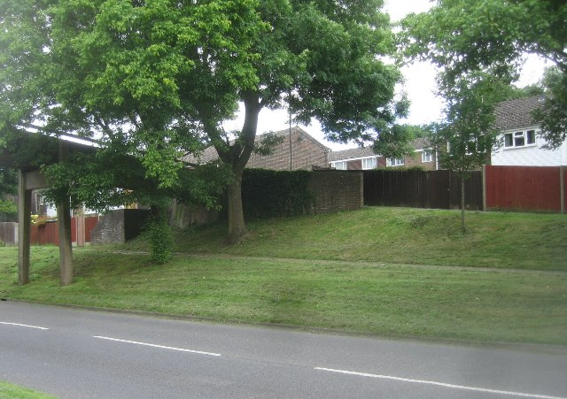 Houses in Edgehill Close