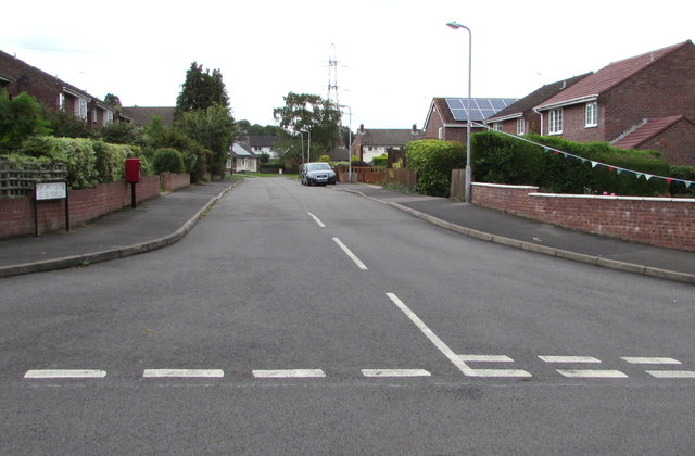 Southern end of Poplars Close, Mardy