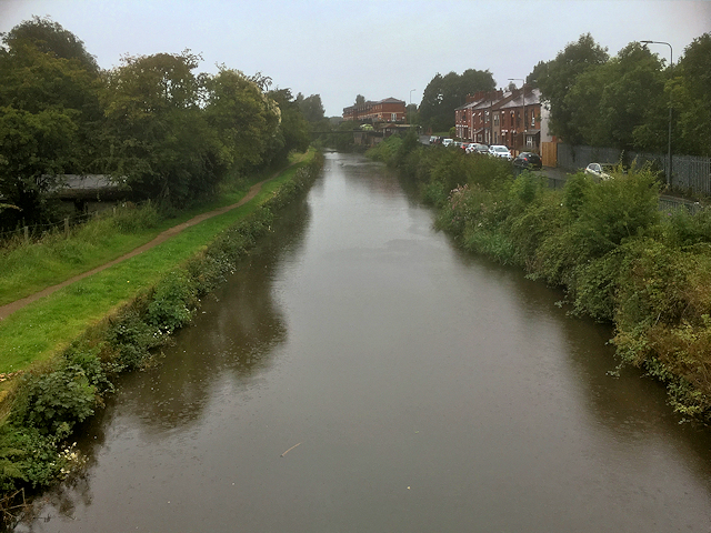 Leeds and Liverpool Canal, View from Martland Mill Bridge