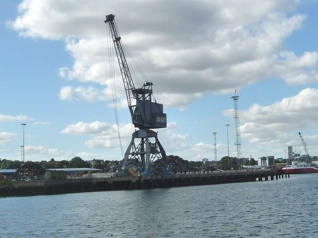 Travelling crane, West Bank Terminal, Ipswich