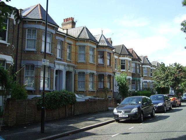Houses on Mildenhall Road, London, E5