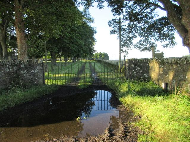 Entrance to Affleck Castle