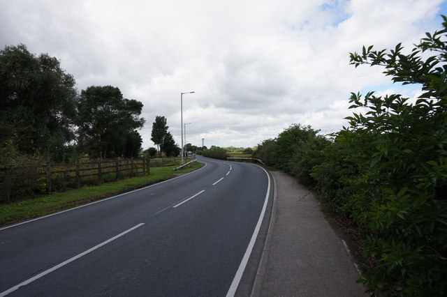 The A163 Main Street west on Bubwith