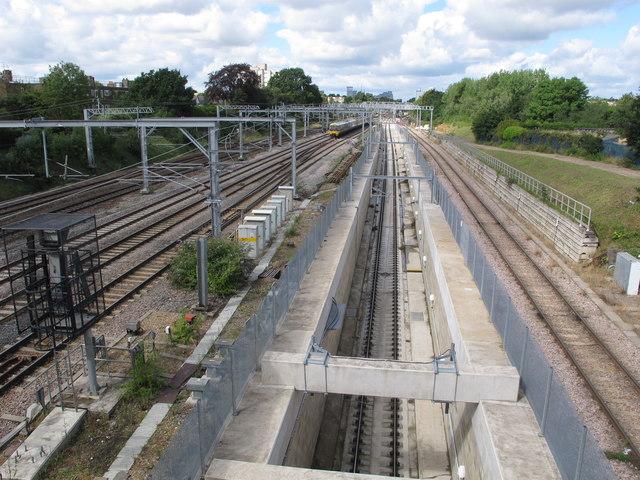 Acton Crossrail diveunder, view West 2017