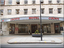TQ2982 : The entrance to the County Hotel on Woburn Place by David Howard