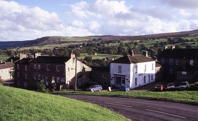 Houses and a shop in Reeth