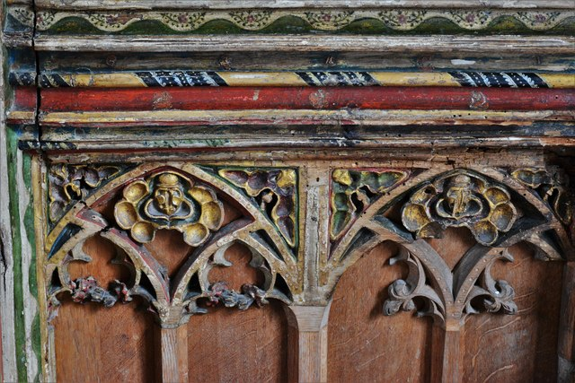 Seething, St. Margaret and St. Remigius Church: Detail of the medieval part of the screen 5