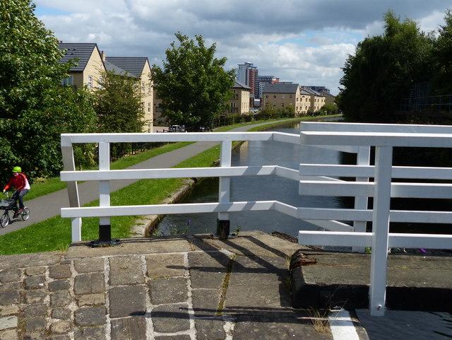 Footbridge at Spring Garden's Lock No 6