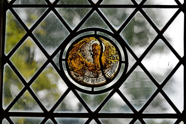Seething, St. Margaret and St. Remigius Church: Medieval glass roundel 5