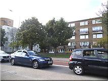 TQ3479 : Jamaica Road, Bermondsey by David Howard