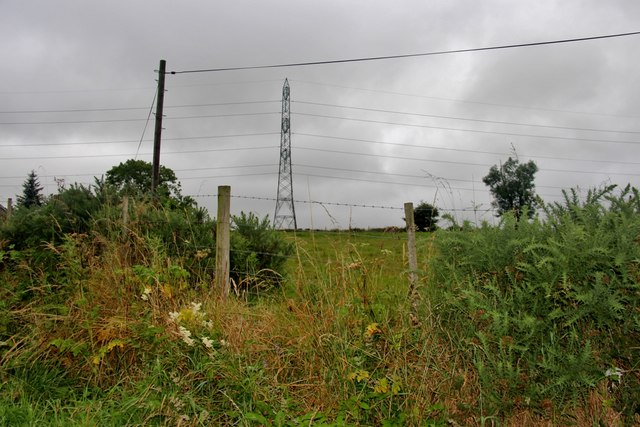 Powerlines over the fields at Deystone