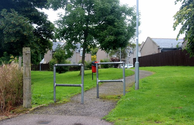 Footpath in Hatton of Fintray