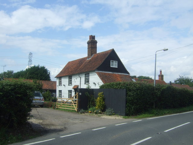 Clapboard house on Bury Lane, Bell Common