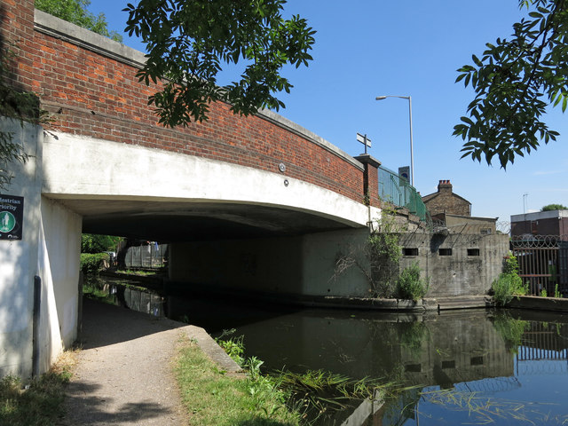 The Rockingham Road bridge (no.186) over the Grand Union Canal - and WW2 pillbox
