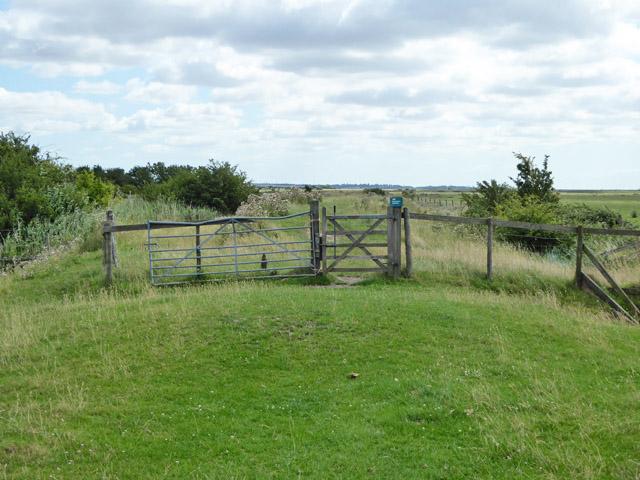 Gate on permissive path, RSPB Bluehouse Farm