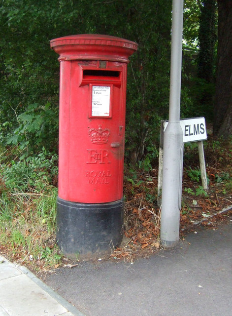 Elizabeth II postbox on High Elms, Woodford Green