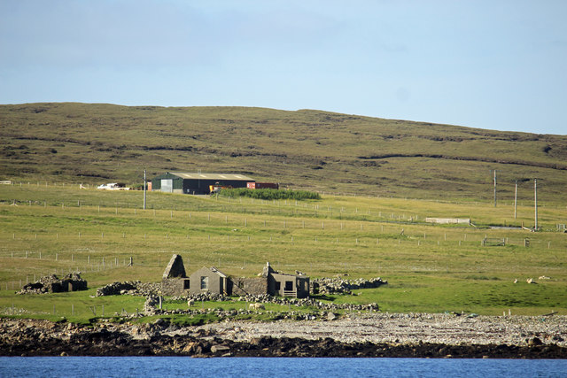 Ruined House beside Laxo Voe