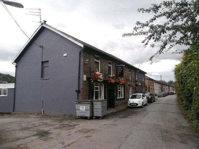 The Bunch of Grapes, Ynysangharad Rd, Pontypridd