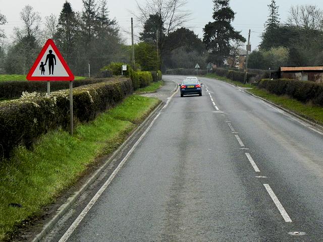 A483 near to Llwynderw
