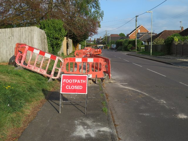 Closed pavement - Hill Road