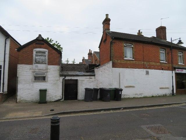 Older Basingstoke - Southern Road