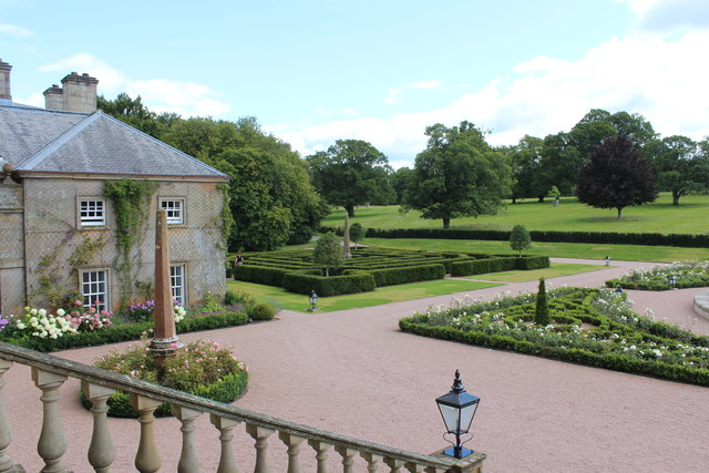 Maze & Gardens, Dumfries House