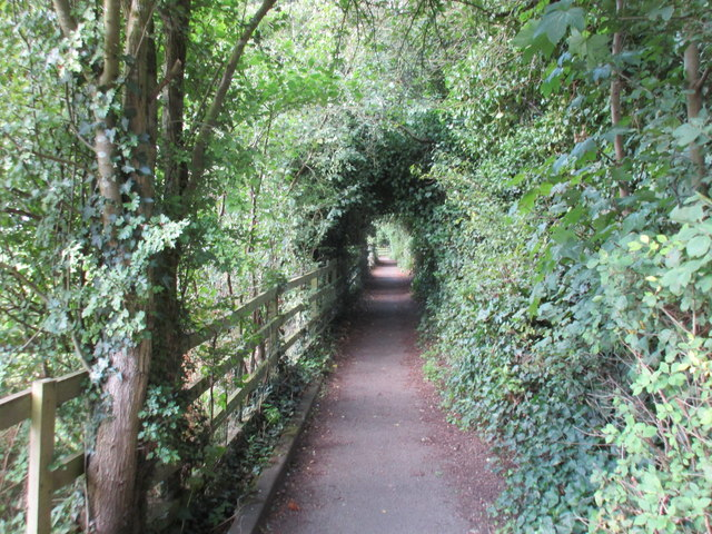 Footpath to the church, Wellesbourne