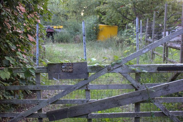 Gate on Park Lane, Horton
