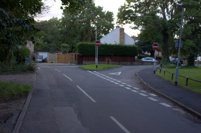 Junction of Park Lane and Datchet Road