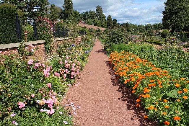 Queen Elizabeth Walled Garden