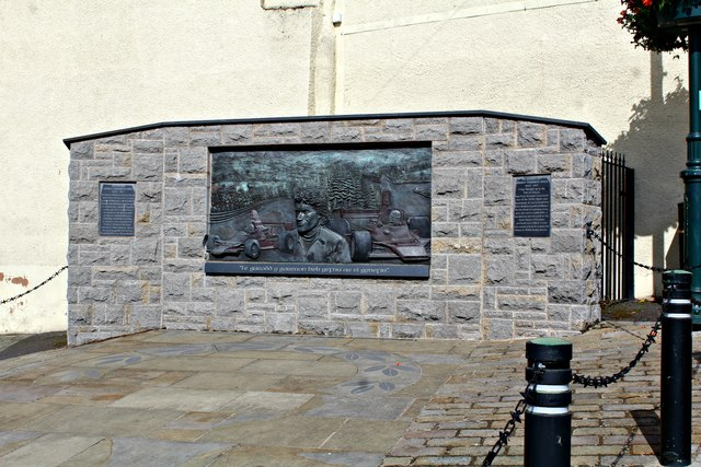 Tom Pryce's memorial (2)