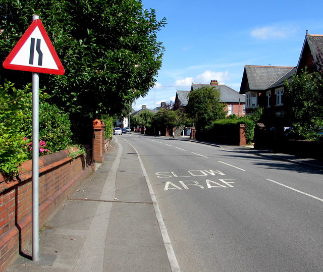 Warning sign - road narrows, Heol Don, Whitchurch, Cardiff