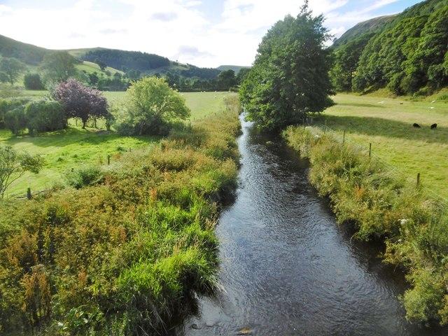 Llanarmon Dyffryn Ceiriog, Afon Ceiriog