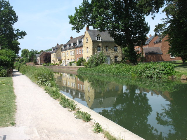 By the Stroudwater Canal