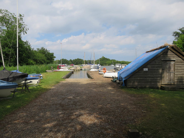 Boats and boathouse, Malthouse Broad