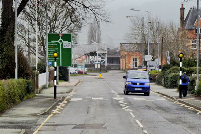 Welshpool, Pedestrian Crossing on Severn Road