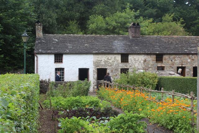 Gardens, Rhyd-y-car Terrace, St Fagans National History Museum