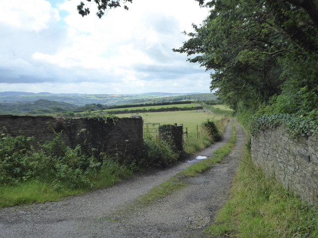 Track leading to Penhargard