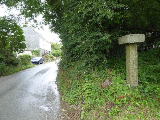 Guidepost at Longstone