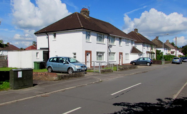 White houses and a telecoms cabinet, Heol Chappell, Whitchurch, Cardiff