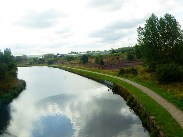 Leeds and Liverpool canal, Wigan