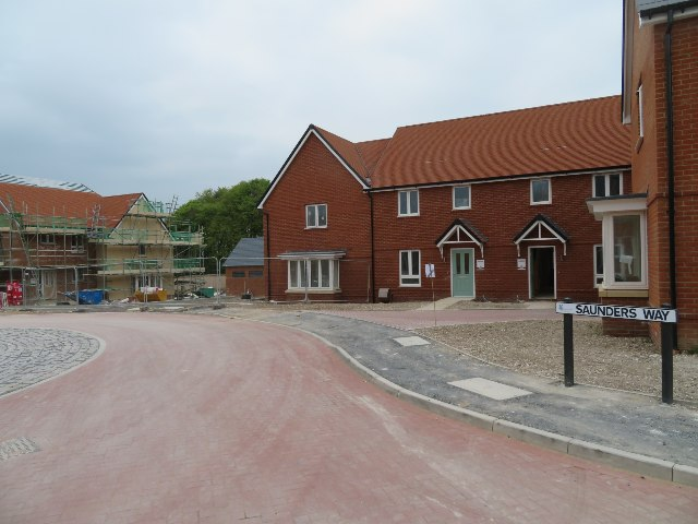 New builds in Saunders Way