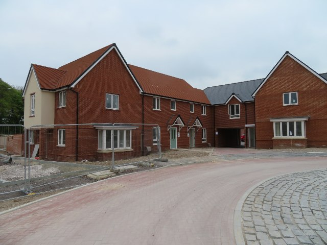Houses in Saunders Way