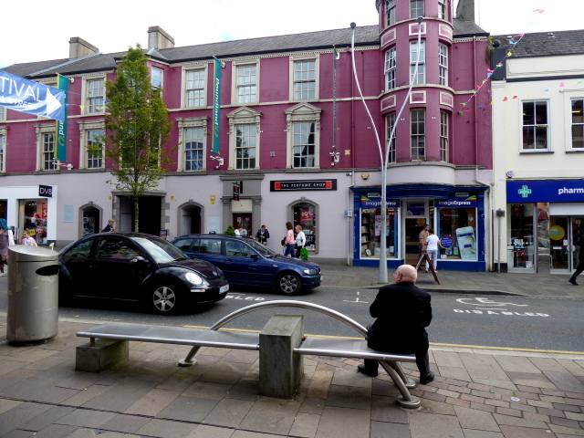 Relaxing on a bench, High Street, Omagh