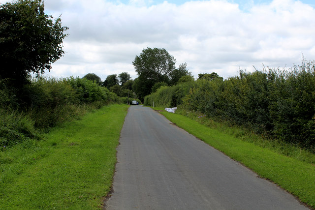 Lane heading South West towards Bossall
