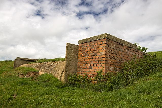 North Wales WWII defences: RAF Penrhos - air raid shelter (5)