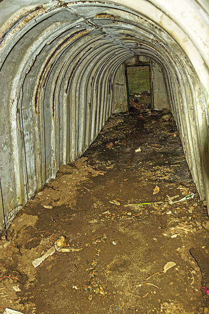 North Wales WWII defences: RAF Penrhos - air raid shelter (6)
