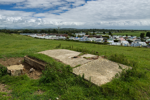 North Wales WWII defences: RAF Penrhos - loopholed shelter (7)